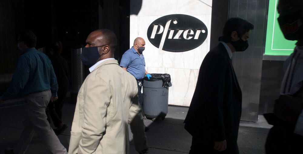 Pfizer ottiene l'approvazione per il suo vaccino nel Regno Unito
