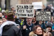 Disobbedienza civile contro le norme anti covid-19